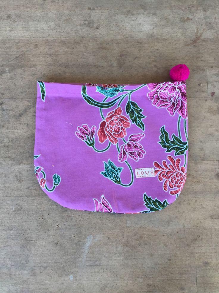 Un preferito personale dal mio negozio Etsy https://www.etsy.com/it/listing/248336940/winter-2016-busta-pochette-in-tessuto