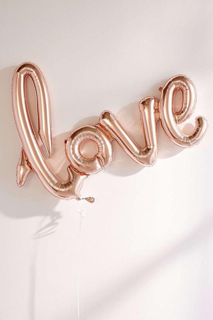 Love in a balloon. #liebe #luftballon #rosegold