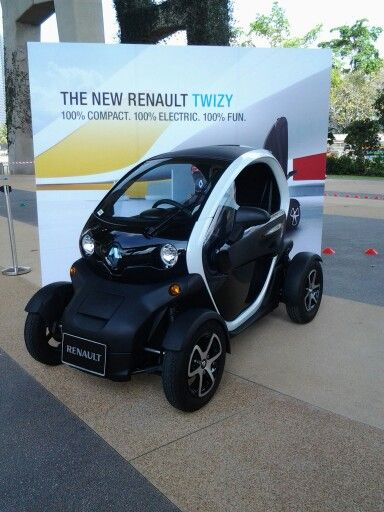 Earlier last year we tested the fully electirc vehicle from Renault..the Twitzy...unfortunately LTA, Singapore's ruling body for cars failed to get tbis baby approved for road use...