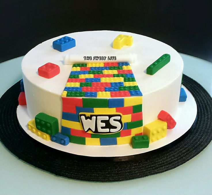 525 best images about My Cakes on Pinterest Dr suess ...