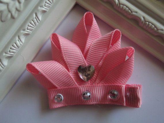 Crown Ribbon Sculpture Hair Clip. Princess Crown por creationslove