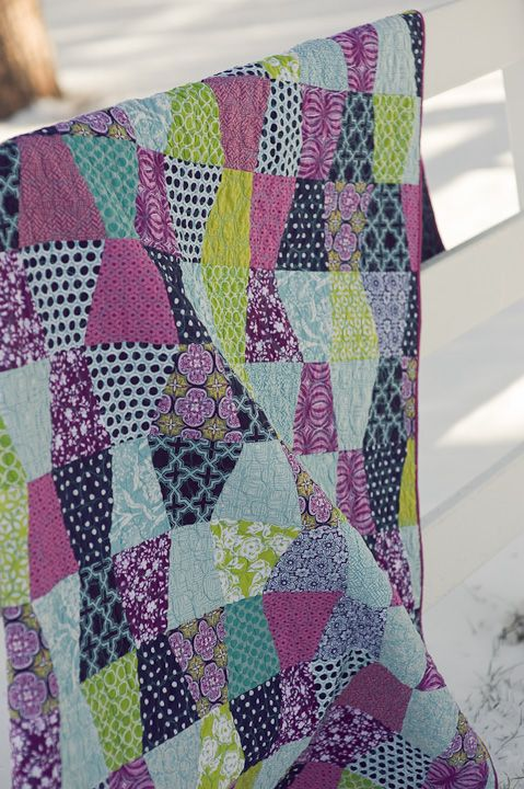 Love everything about this: colors, pattern, polka dots,....
