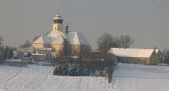 Widok z Olszyn, kościół w Lubszy lg2.gif