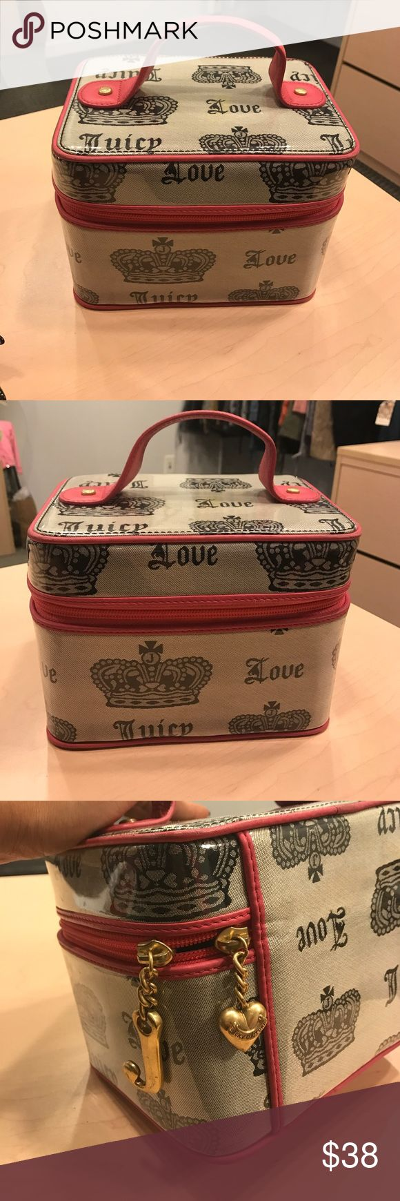 JUICY COUTURE MAKE UP CASE This is a juicy couture make up case. It has been used but shows on out side very little. Juicy Couture Bags Travel Bags
