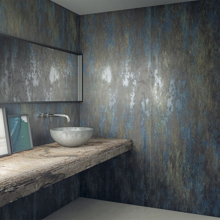 Fusion Series in a 100x250 cm format uses digital printing technology to decorate the surface of the collection's large-format tiles, in a tribute to traditional ceramic tiles with the addition of a revamped innovative air. Each tile is different, featuring an explosion of colour in a bold yet elegant design.