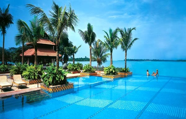 India - A stunning shot of the infinity swimming pool at the Taj - Malabar hotel in Cochin, Kerala