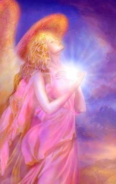 En La luz de los Ángeles :  Arcangel Chamuel:Aquel que queve a Dios . Este a...