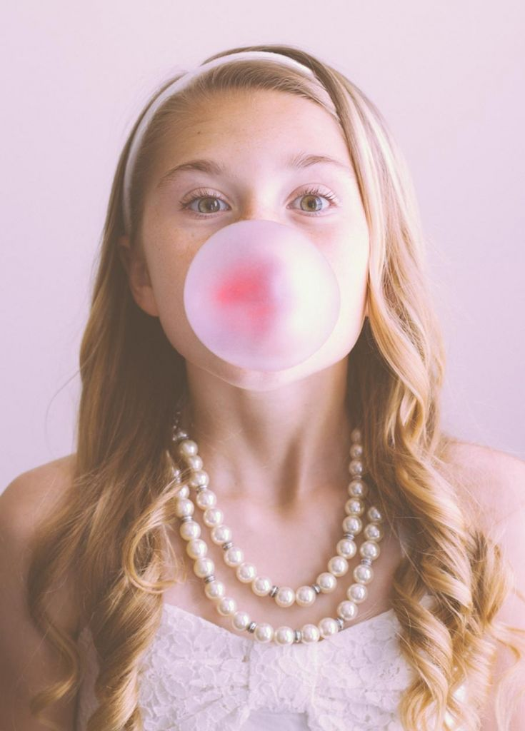 Girl blowing bubble - Bubble gum girl portrait     Trinity {Katy, TX – Family Photographer} » Kim Schaffer Photography Blog