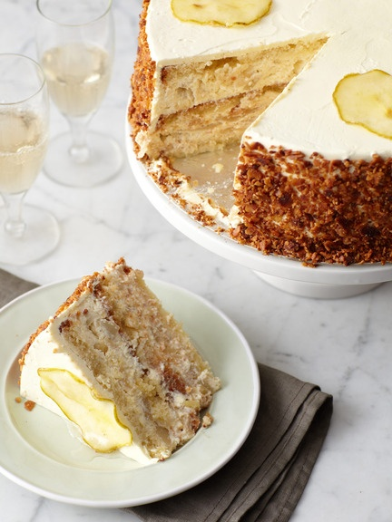 Pear Almond Cake (almond cake with poached pears and Bavarian cream ...