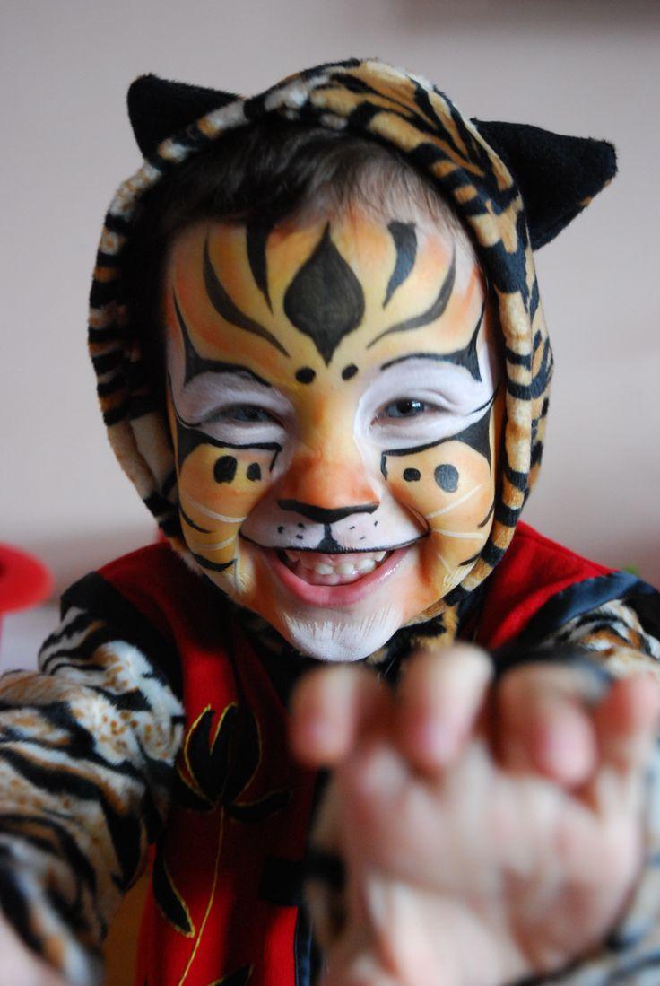 Master Tigress by Kung Fu Panda   Facepainting   Pinterest