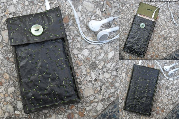 Swirly iPod Pouch