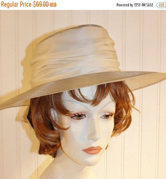 50% OFF SALE Ladies Vintage Saks Fifth Avenue Italy Light Gray Straw Hat Sz Small NWT