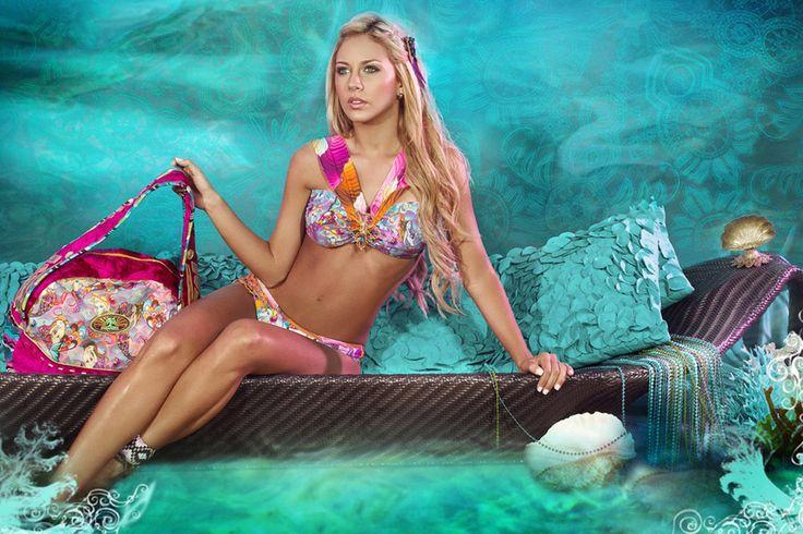 http://www.paradiziaswimwear.com/product/6-bolso-siren-in-love.html