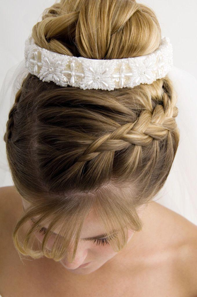 acconciature treccce da sposa | Acconciature sposa capelli medi | UnaDonna
