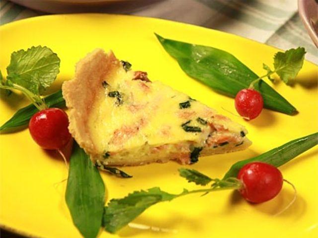 Sommarpaj med lax och ramslök (kock Lisa Lemke)
