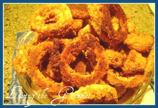 Oven Fried Onion Rings  Have not tried..always searching for the perfect lower calorie onion ring.....