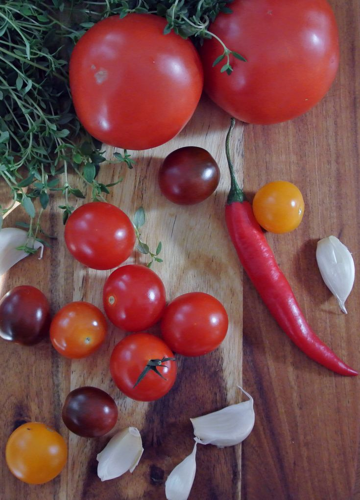 A great tomato sauce recipe is the base for many pasta sauces.