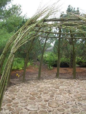 Living Willow Garden Decor Structure Patio & Outdoor Furniture
