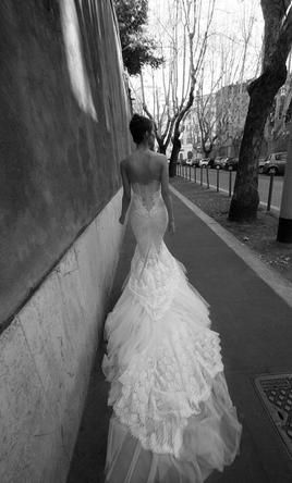 Inbal Dror 12-05 vip: buy this dress for a fraction of the salon price on PreOwnedWeddingDresses.com