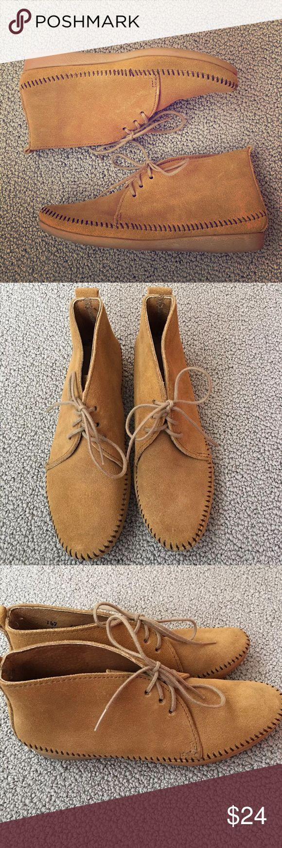 Vintage Minnetonka Size 6.5 Moccasin Ankle Boot Vintage Minnetonka  Size 6.5 Moccasin Bootie Ankle Booties Tan Nubuck Leather Brown stitching Made in the USA Minnetonka Shoes Ankle Boots & Booties