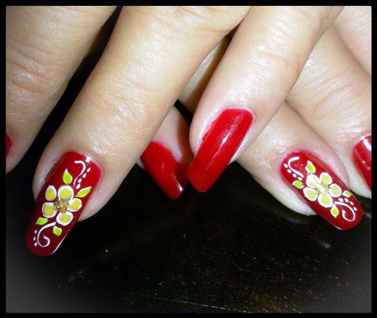 Decoración uñas de las manos, flores