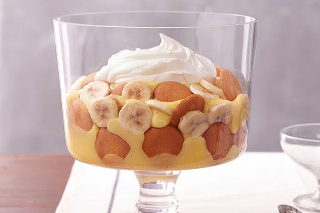 Combine classic Southern-style banana pudding with crunchy vanilla wafers in this Easy Southern Banana Pudding dessert. Follow this simple recipe today!