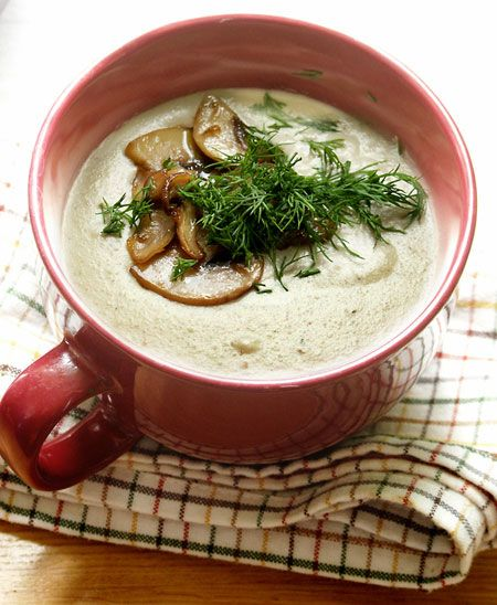 Грибной суп-пюре с зеленью и сливками