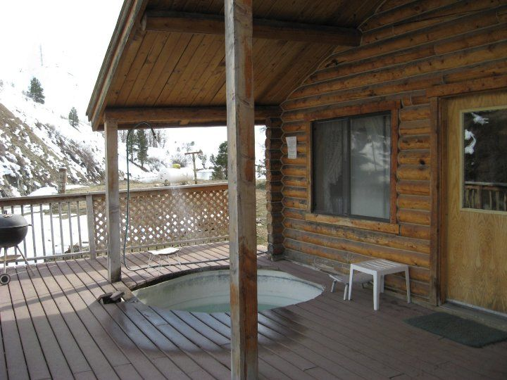 Overlooking The Middle Fork, Natural Hot Spring On Your Cabins Front Porch { Boise River Cabin Rentals   Twin Springs Idaho}