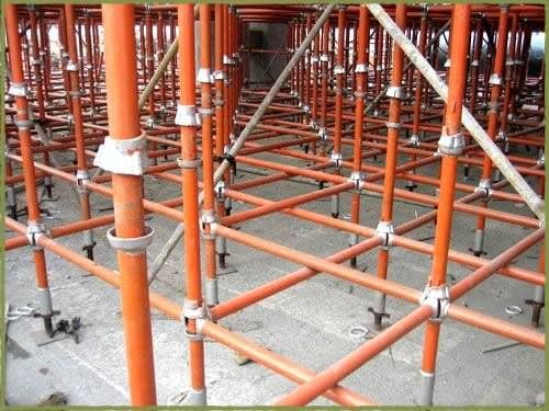 Scaffoldings materials on rental for shuttering, outside plastering and painting. Specialized in shuttering in high rise roofs structures. http://www.bestfabs.in/static/industrial-scaffoldings