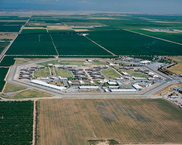 us prison system essay