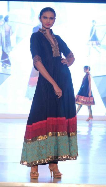 manish-malhotra - dress