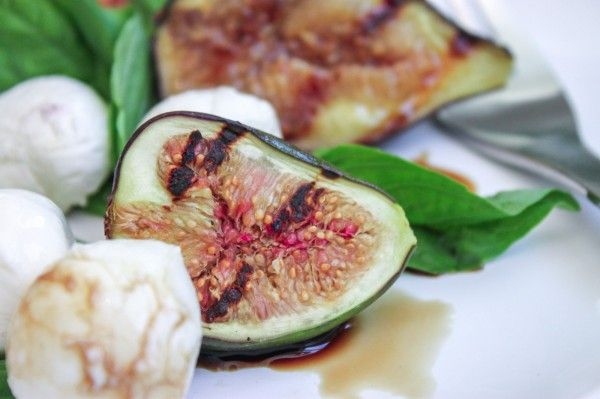 Grilled Fig Caprese Salad
