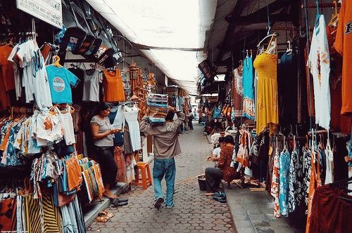 Kuta market great shopping