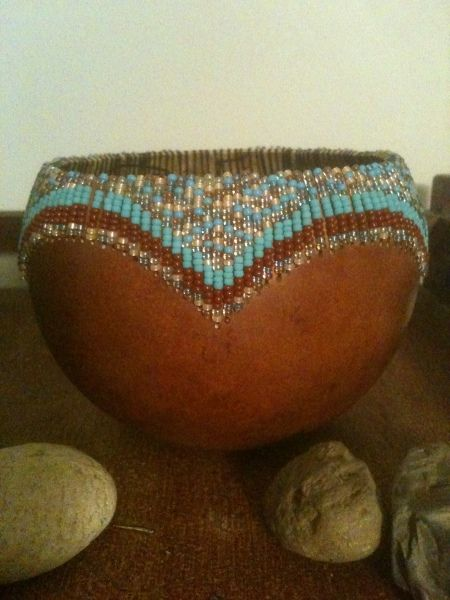 Beaded gourd bowl...I could do this and it is beautiful!