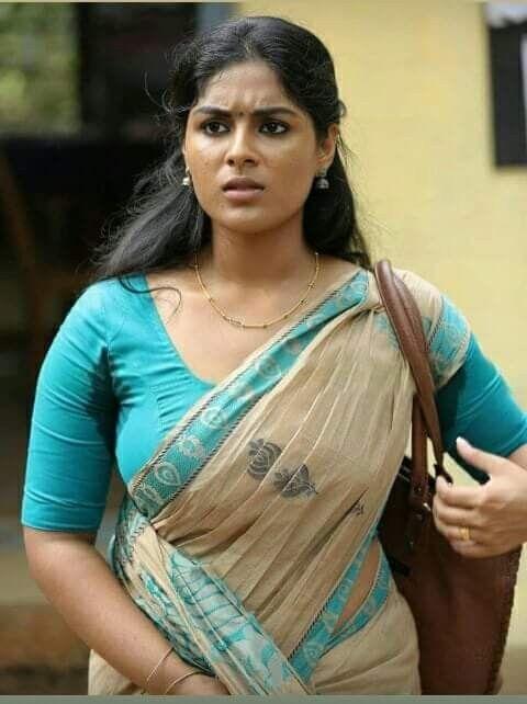 080b52a5ef7cca Sexy beautiful women in the office | Nice sexy women | Indian beauty ...