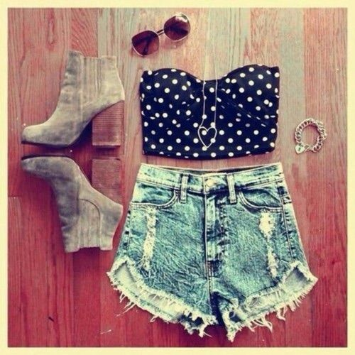 Image via We Heart It #Best #boots #bra #clothes #denim #dots #fashion #good #hotpants #jeans #outfit #style #summer #sun #today #ootd
