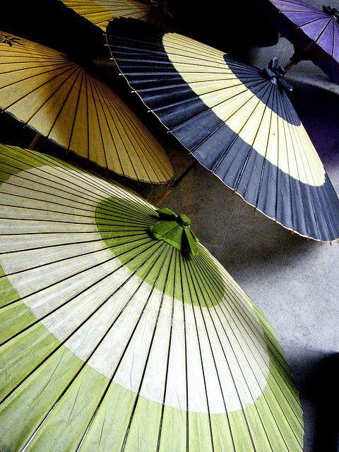 Japanese umbrella: oil-paper with bamboo frame: Obuse, Nagano, JAPAN