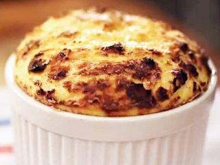 Soufflé de queso por Narda Lepes | recetas | FOX Life