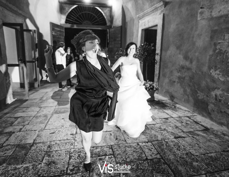 #matrimonio #wedding #weddingpuglia #ricevimento #weddingabbazia #lafesta #iballi #balli #divertimento #reportage #allegria #happines #visstudio #weddingpuglia #grottaglie #sanmarzano #abbaziasansalvatore #bernalda