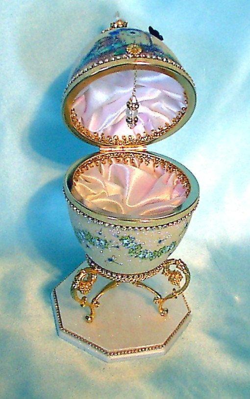 Rhea Birdhouse Decorated Egg Swarovski Jewelry Box by annimae182, $135.00