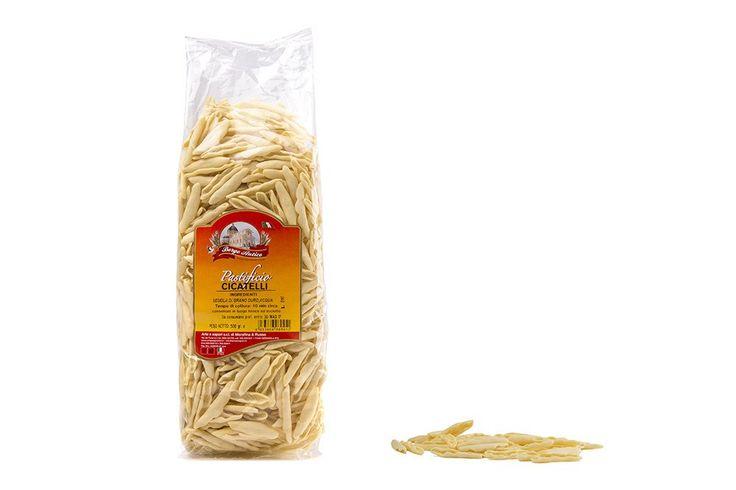 Cicatelli di semola, pasta tipica pugliese. Prezzo: 2,49€