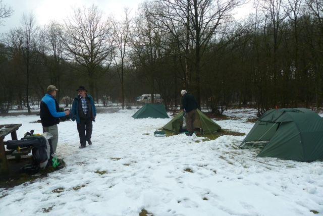 Winterkamperen: zo houd je het warm en leuk | Nederlandse Toeristen Kampeer Club