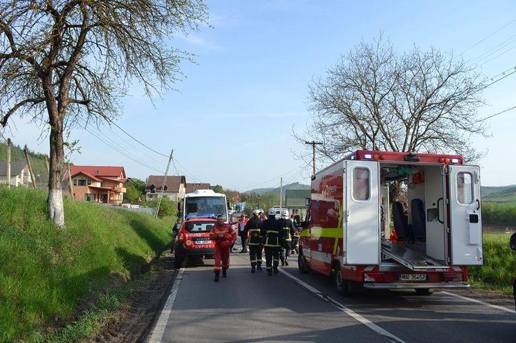 Egy személy súlyosan, öten könnyebben megsérültek, miután egy személygépkocsi autóbusszal ütközött Mezőszabad településen, a 15E jelzésű országúton. http://ahiramiszamit.blogspot.ro/2017/05/egy-szemely-sulyosan-oten-konnyebben.html