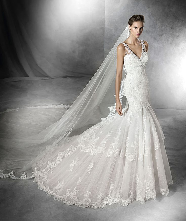 Wedding Dress In Tulle Mermaid Style With Lace Thread Embroidery Guipure And Gemstone