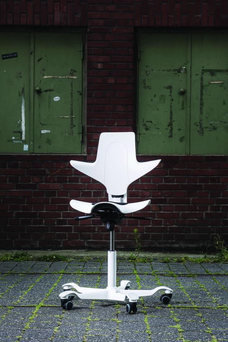 Inspiring White HÅG Capisco Puls #InspireGreatWork #design #Scandinavian