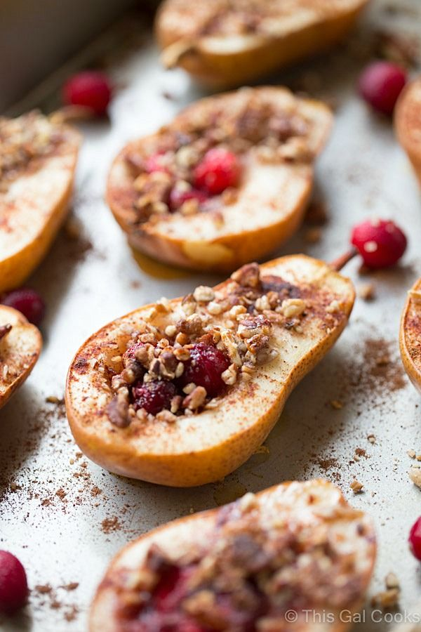 Baked Pears with Honey, Cranberries and Pecans is a super simple and healthy dessert recipe. Seasoned with cinnamon and nutmeg for an extra boost of flavor.