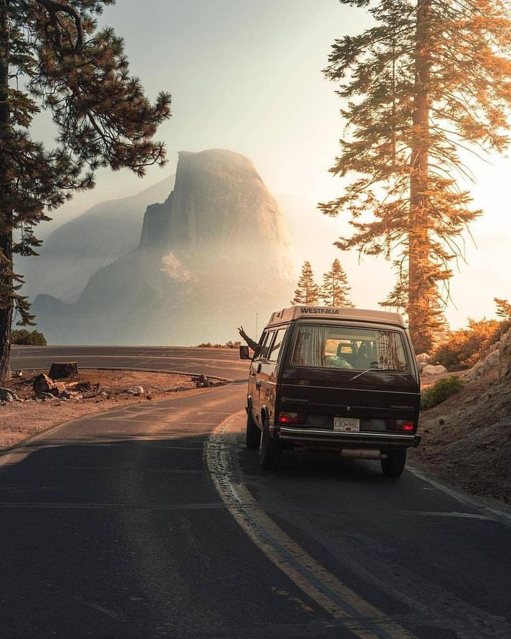 "Gefällt 27 Tsd. Mal, 176 Kommentare - Vanlife | Nomad | Buslife (@project.vanlife) auf Instagram: ""The vanlife sign ✌ Half Dome, Yosemite National Park by @max_homer"""