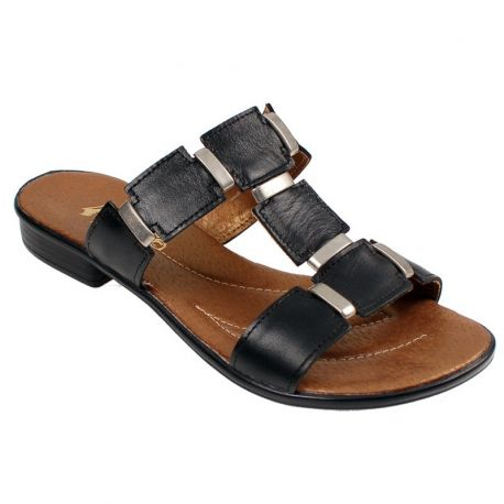 This #shoes are simple and comfortable. #Leather inside, leather outside and very good price.