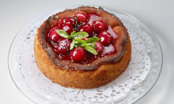 Tonkabohnen-Cheesecake mit Kirschen - Beobachter