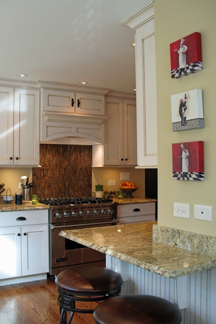 Kitchen ideas- Love the countertop an the Italian theme